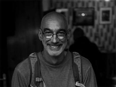 Gael CLOAREC photographe vous accompagne en Inde, Népal, Sri-Lanka, Laos, Cambodge, Vietnam pour un voyage photo et stage photo. WWW.VOYAGEINDIEN.FR