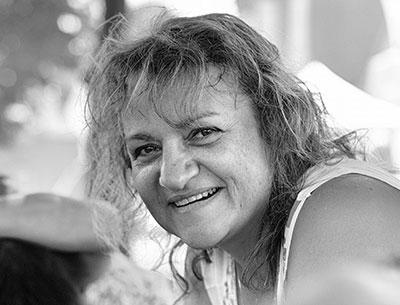 Christelle SAFFROY vous accompagne en Inde, Népal, Sri-Lanka, Laos, Cambodge, Vietnam pour un voyage photo et stage photo. WWW.VOYAGEINDIEN.FR