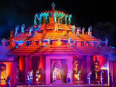 festival de danses traditionnelles à konark en orissa ou odhissa en inde . www.thisytravels.fr