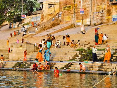 voyager a varanasi ou benares sur les ghats et le gange dans l'uttar-pradesh avec l'agence de voyage thisy-travels www.thisytravels.fr