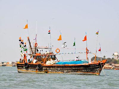 voyagez dans le gujarat a l'ouest de l'inde a dwarka avec l'agence de voyage thisy-travels www.thisytravels.fr