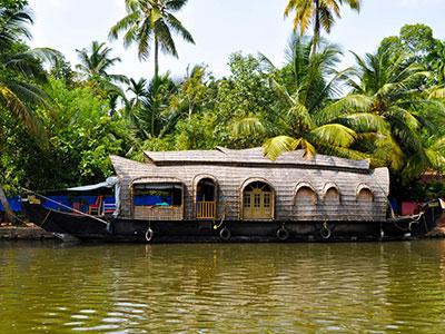 voyagez en inde du sud sur les houseboat dans les backwaters dans le kerala avec l'agence de voyage thisy-travels www.thisytravels.fr