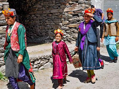 voyager au ladakh en inde du nord sur les contreforts de l'himalaya avec les indiens des montagnes www.thisytravels.fr