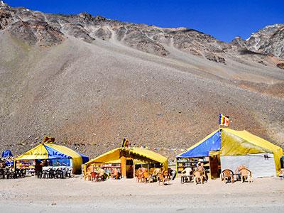 voyager au ladakh en inde du nord sur les contreforts de l'himalaya avec les camps de base www.thisytravels.fr