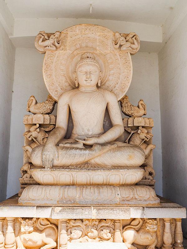 voyagez en orissa ou odisha visiter les temples et monastere bouddhistes avec l'agence de voyage thisy-travels www.thisytravels.fr