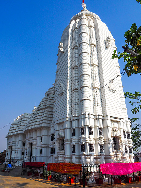voyagez en orissa ou odisha visiter les temples avec l'agence de voyage thisy-travels www.thisytravels.fr