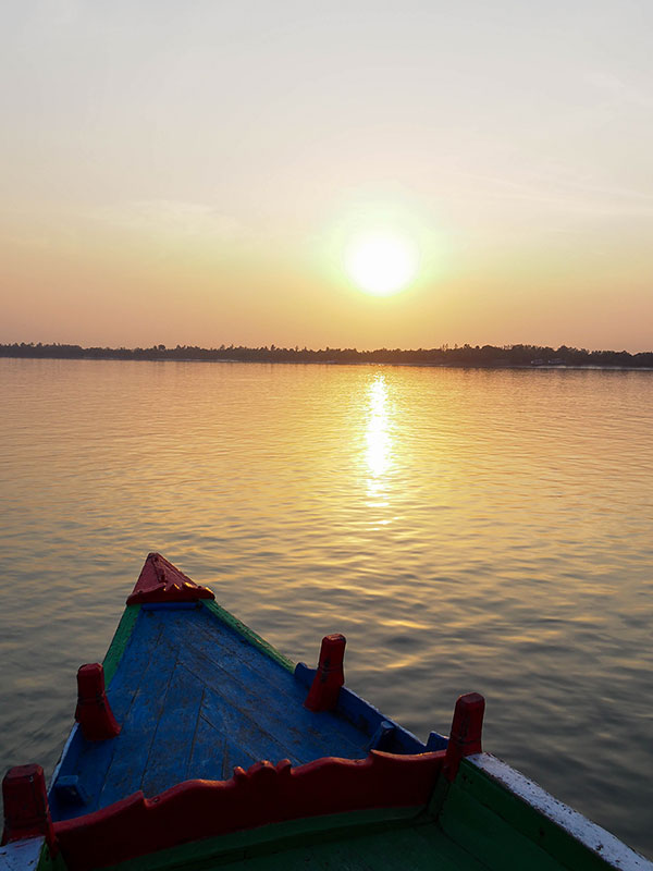 voyagez en orissa ou odisha visiter les campagne de l'est de l'inde et les couchers de soleil sur la baie du bengal avec l'agence de voyage thisy-travels www.thisytravels.fr