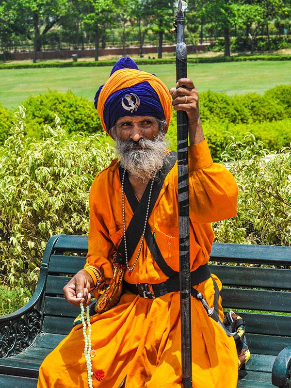 voyager dans les campagnes du rajasthan en inde avec l'agence de voyage thisy-travels photographiers les sikh religion du sikhisme www.thisytravels.fr