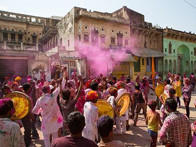 la fete de holi à mandawa dans le rajasthan en inde du nord avec les voyages de thisy-travels www.thisytravels.fr