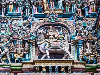 le temple hindou de madurai en inde du sud dans le tamilnadu avec les voyages de thisy-travels www.thisytravels.fr