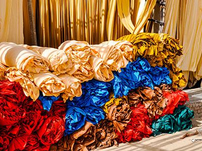voyage dans le rajasthan à sanganer en inde avec la teinture des tissus avec l'agence de voyage thisy-travels www.thisytravels.fr