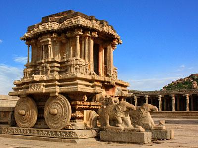 voyagez en inde dans le karnataka à hampi découvrir de magnifiques architectures et paysages avec l'agence de voyage thisy-travels sur le site www.thisytravels.fr