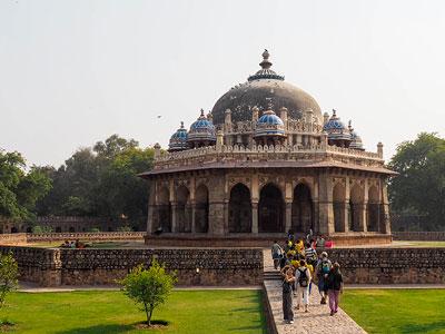 voyagez en inde à delhi découvrir de magnifiques architectures comme humayumtumb à old delhi et paysages avec l'agence de voyage thisy-travels sur le site www.thisytravels.fr