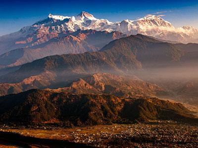 Voyage photo au Népal pour photographier les annapurnas, faire du trek, participer à la fête de Holi avec l'agence de voyage Thisy-Travels www.thisytravels.fr